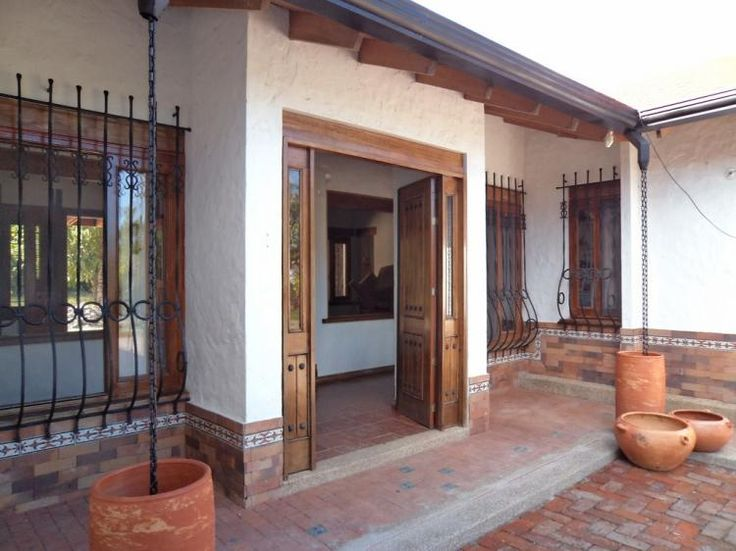 casa campestre en venta Villavicencio:  Love the Rain chains, wood work and metal work