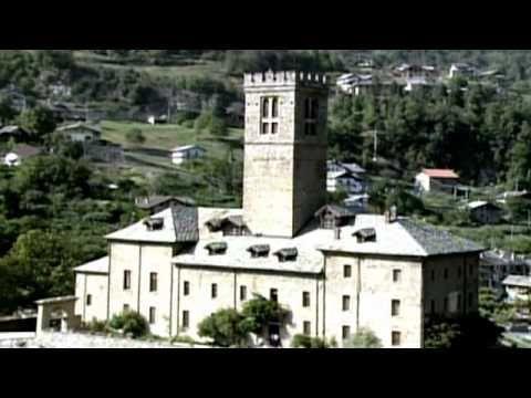 Altri castelli della Valle dAosta #castles #aostavalley #travel #holiday #italian #alps