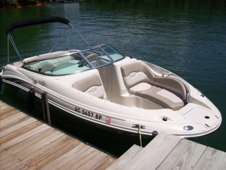 2003 Sea Ray 220 Sundeck powerboat for sale in South Carolina