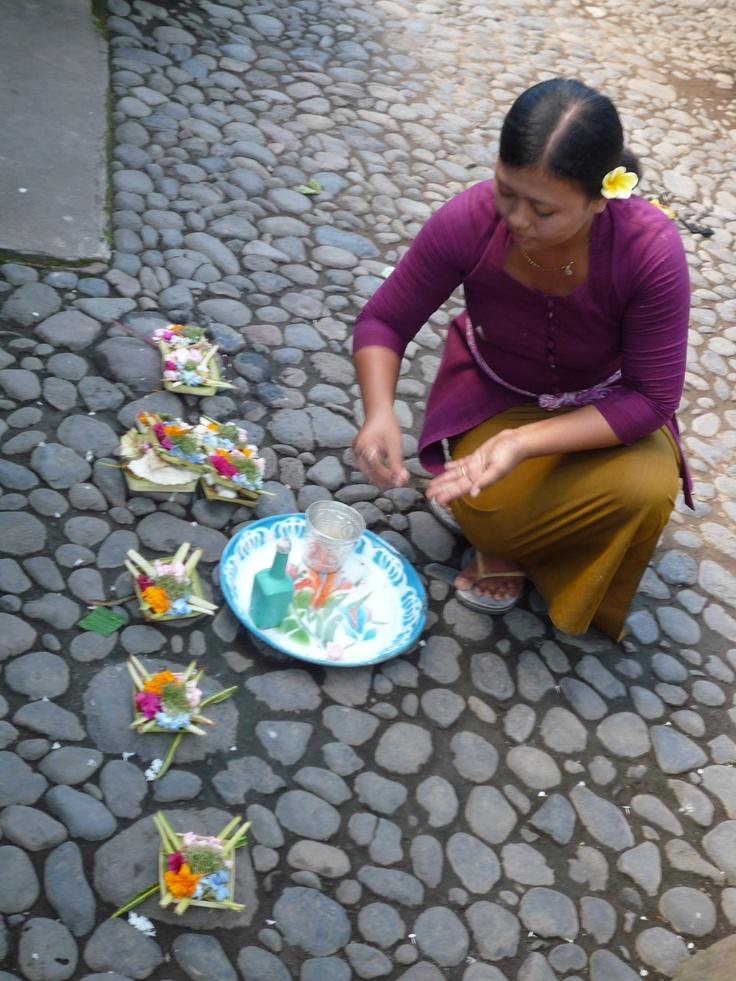 Chut !Bali, Chut
