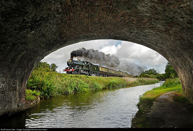 RailPictures.Net Photo: 5043 Private Steam 4-6-0 at Winchester, United Kingdom by RobinCoombes