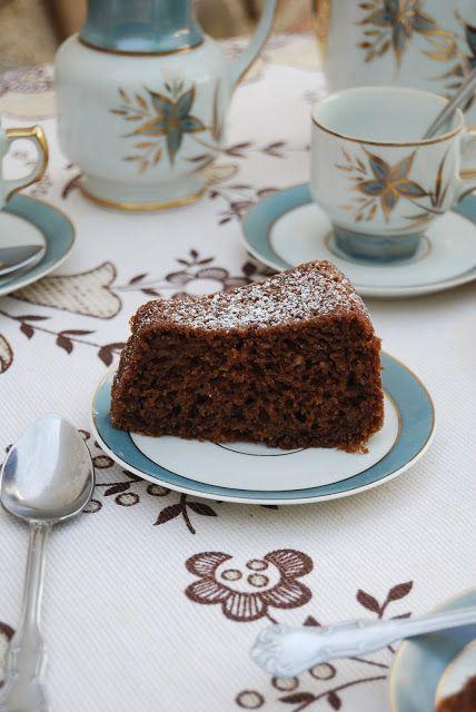La asaltante de dulces: Receta de bizcocho de zanahoria y chocolate/ Carrot & chocolate sponge cake recipe. Yummy!