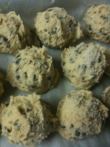 Edible Cookie Dough. Lets get real, I eat any kind of cookie dough. But how fun for parties!: Chocolate Chips, Eggs Cookies, Chocolates Chips Cookies, Cookie Dough, Edible Cookies Dough, Chocolate Chip Cookie, Cookies Dough No Eggs Recipes, Edible Chocolates, Cooking Tips