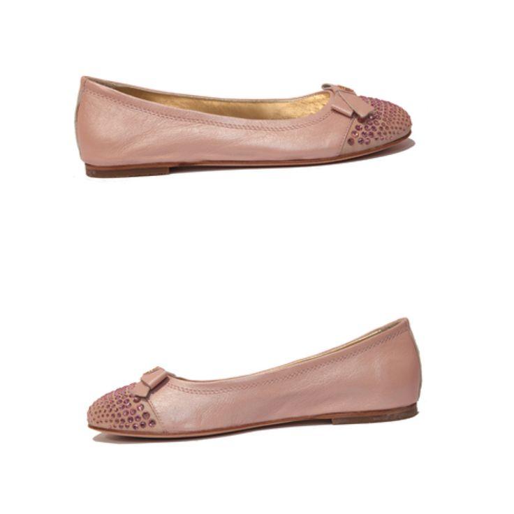 Miss Blumarene children shoes Art. 9027  Size 33 www.fiera-italia.com.   Praha, Vaclavske namesti 28.   Pasáž U STÝBLU.  Fiera Italia.   Shoes boutique.