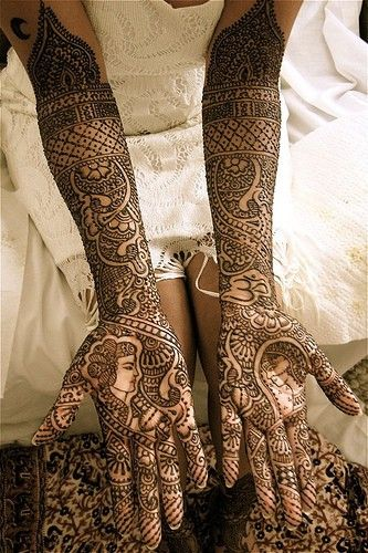 Beautiful henna! A tradition in Indian/Muslim culture to beautify a bride pre-wedding. Sometimes words or initials are hidden for the groom to have fun searching out.