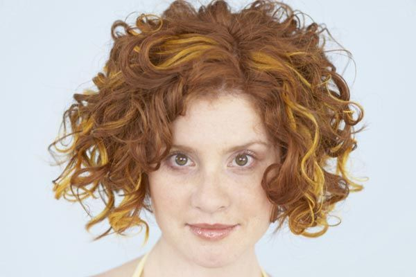 Bob Style Haircuts For Curly Hair: Best 25+ Layered Curly Hairstyles Ideas On Pinterest
