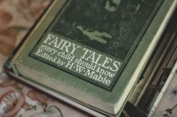 Fairy tales every child should know.