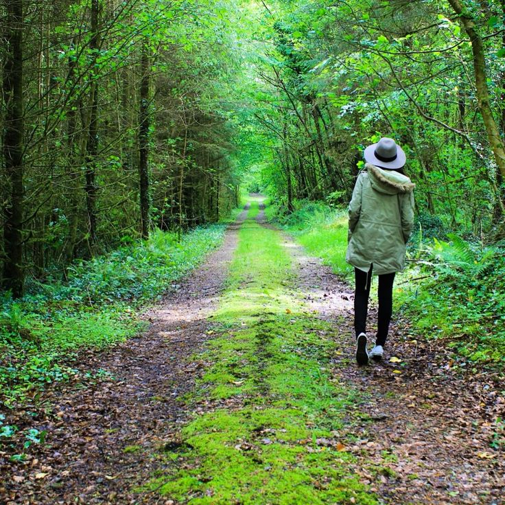 8 places you must visit in Ireland. Wow getting lost here with your best friend will feel like heaven to us.