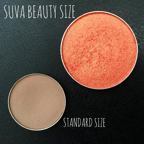 Two Removable Palettes Designed for Professional Artists (15 Shade Matte & 15 Shade Shimmer) Built in Primer Size 3.9g (0.14oz) x 30 Shades – Pro Size - LARGE Innovative Complimentary Matte & Shimmer System SUVA's Highest Grade of Pigmentation Available