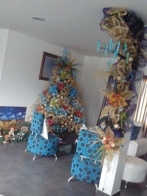 Mi casa ya decorada que linda es la navidad