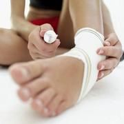List of Specific Home Exercises to Do After a Broken Fibula | LIVESTRONG.COM