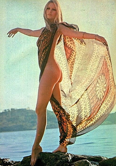 The sixties hippie body