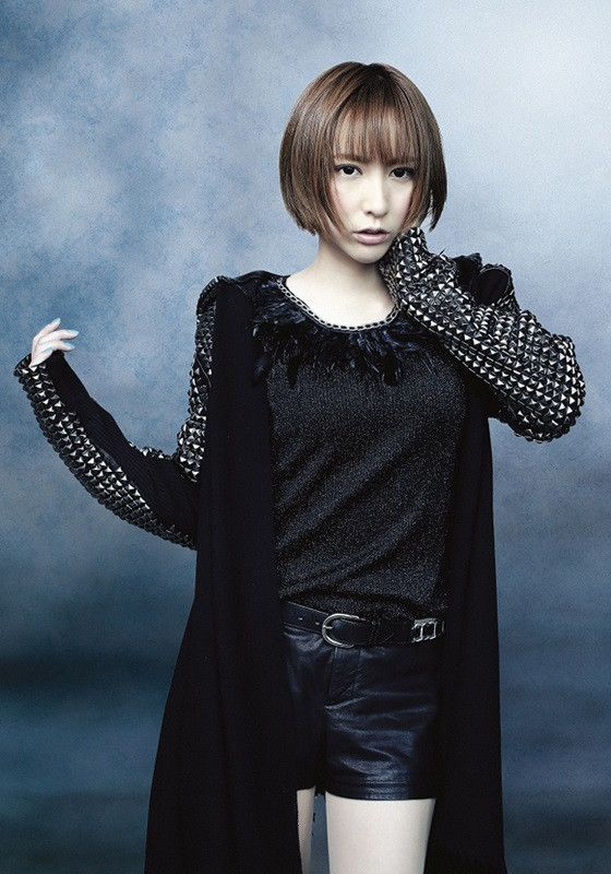 Eir Aoi artist photo © SME Records Inc.