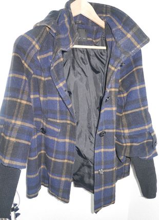 A vendre sur #vintedfrance ! http://www.vinted.fr/mode-femmes/mode-femmes-vetements-dexterieur/10852234-manteau-cape-vero-moda