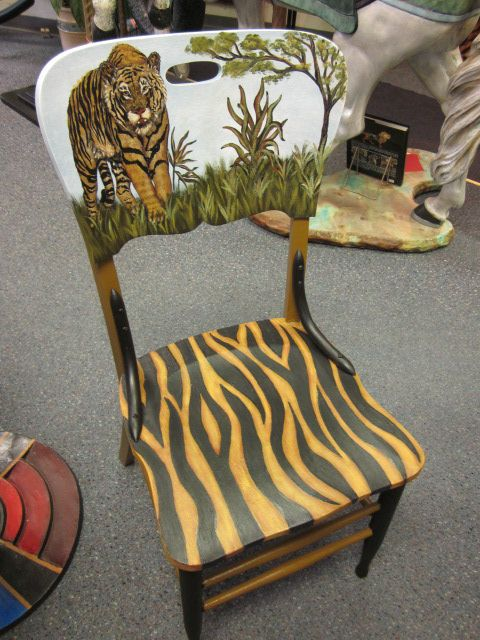 Refurbished hand painted chair for the Cat lovers. Painted by Cherie at Studio 213.