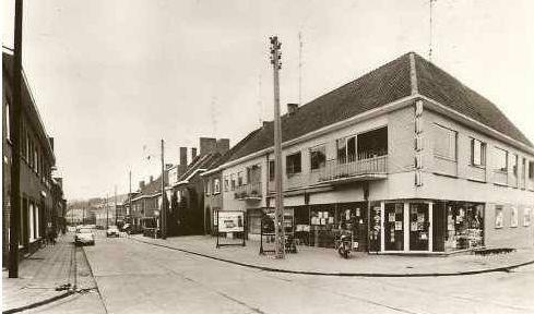 """My parents second shop: the first """"self service"""" supermarket in Limburg (B) (1970)"""