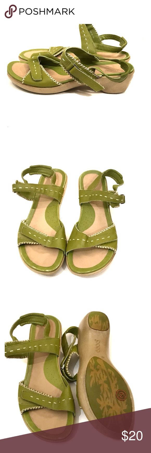 Ecco sandals in spring green size 42 Ecco sandals in spring green size 42 (11-11.5) Preciously loved and has some scuffs but lots of life left. Velcro closure at top of foot and ankle. Ecco Shoes Sandals