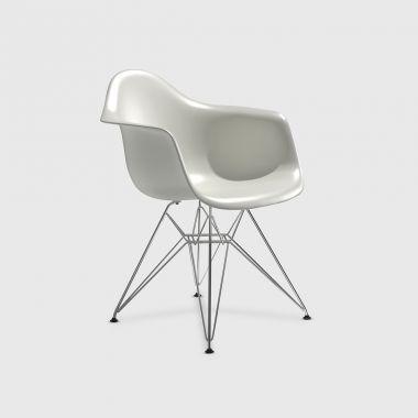 Eames® Moulded Plastic Eiffel Armchair (DAR)
