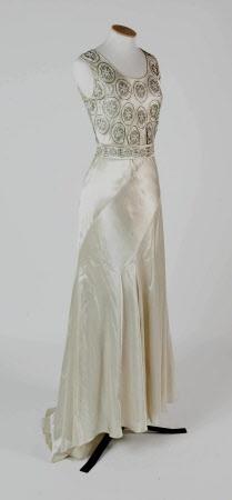 Wedding dress, 1936, Springhill © National Trust.