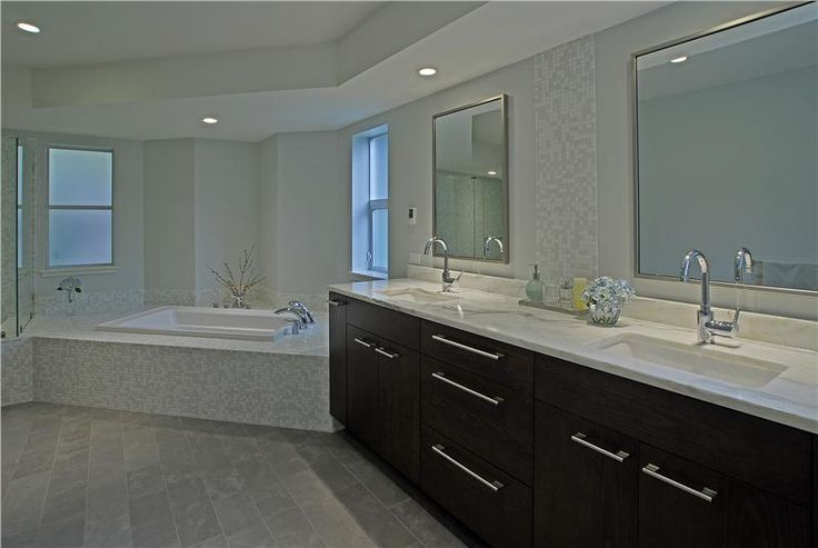 Skylight Ideas Modern Elegant Bathroom #187