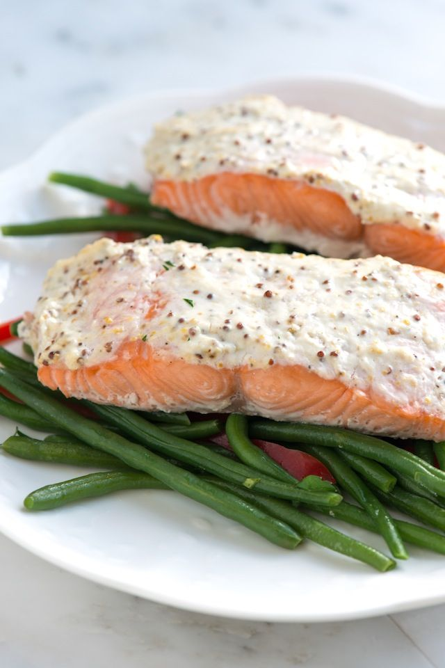 Sour Cream Baked Salmon - made this tonight. Yum! I didn't have ground mustard so I just used regular. Still tasted great! Their tip for cooking salmon helped a lot too.