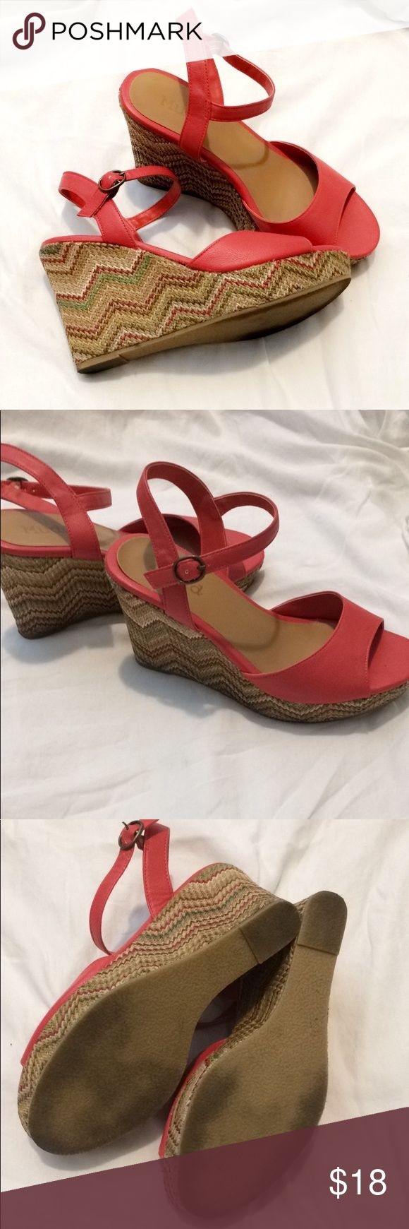"""Mudd Coral Chevron Bailey Wedges Boho 7.5 platform 1"""" platform with a 4"""" wedge Adorable multi color chevron wedge  Worn very minimally No damage to wedge or straps  EUC Very comfortable  Size 7 1/2 No trades Mudd Shoes Wedges"""