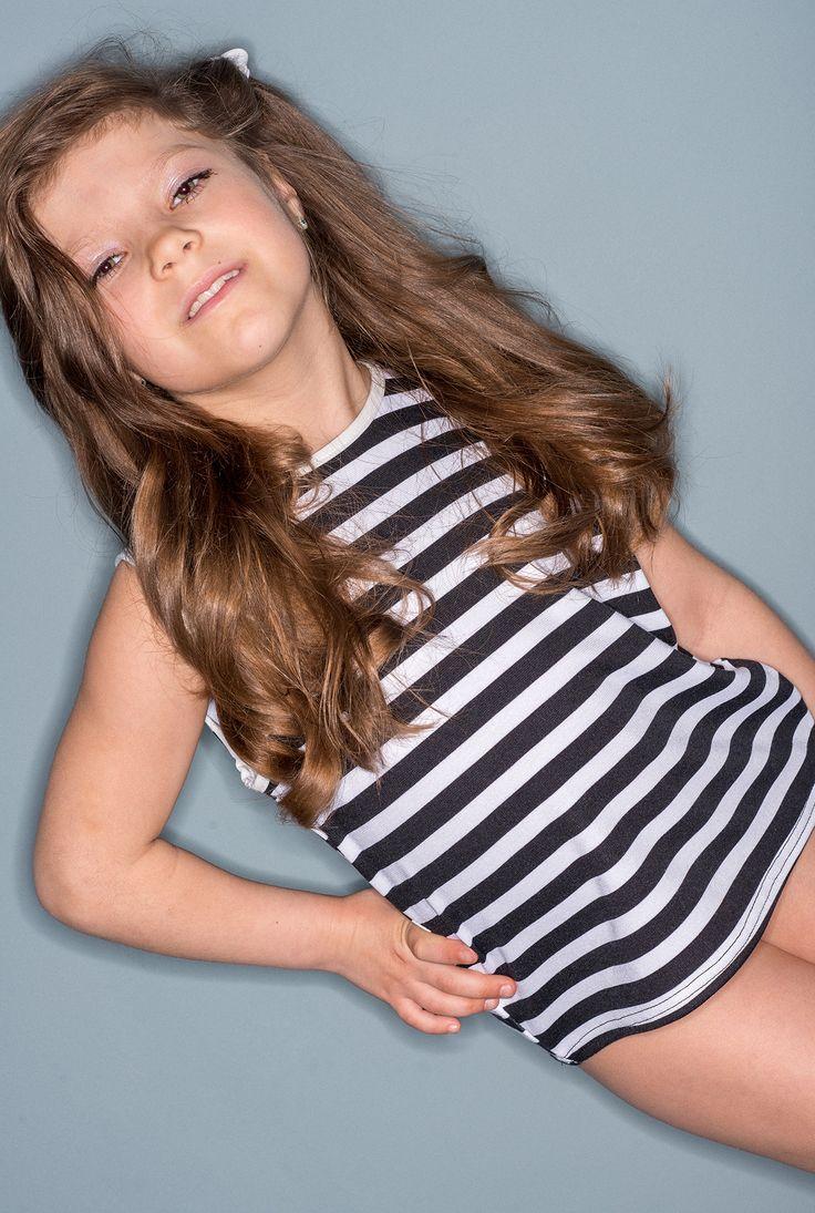 Стильная полосатая майка, трикотаж - 78 грн.Для девочек от 6 до 10 лет, размеры: 116, 122, 128, 134. Номер модели для заказа - №00129.  Цены - розничные.Оптовые- по запросу. Одежда от производителя.#kids #kidsstyle #kidfasion #kidsshop #child #children #fashion #kidsfashion #girlwear #girl #girlfashion #kidsfun #myprincess #happy #sun #mybaby #mybabygirl #style #myboy #styleoftheday #fasionista #fasionable #fasionforkids #fasionforlife #wear #look #fasionlook #fasionlove #fasionlover…