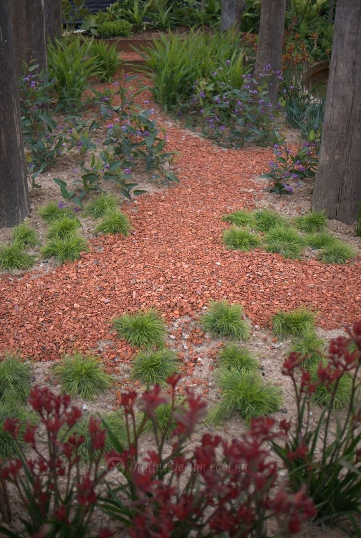 stone paths are best if you wish to add extra naturalness on extraordinary garden stone pathway ideas to copy id=84929