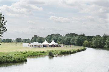 Riverside Weddings, Oxfordshire. Wedding/Party Venue. Photos by Nicola and Glen.