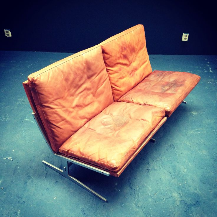 Vintage leather sofa from fabrieknl
