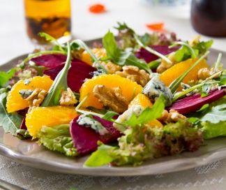 Salade van sinaas, rode biet en blauwe kaas | SPAR