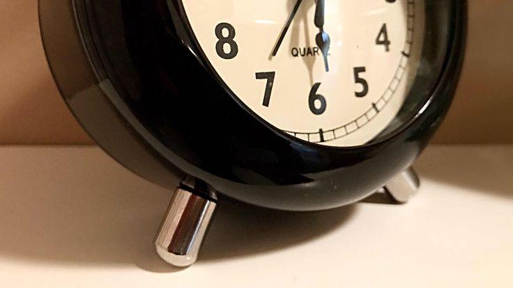 "Retro Alarm Clock by Banggood || Stylish, Sleek, Modern With a ""Retro"" D..."