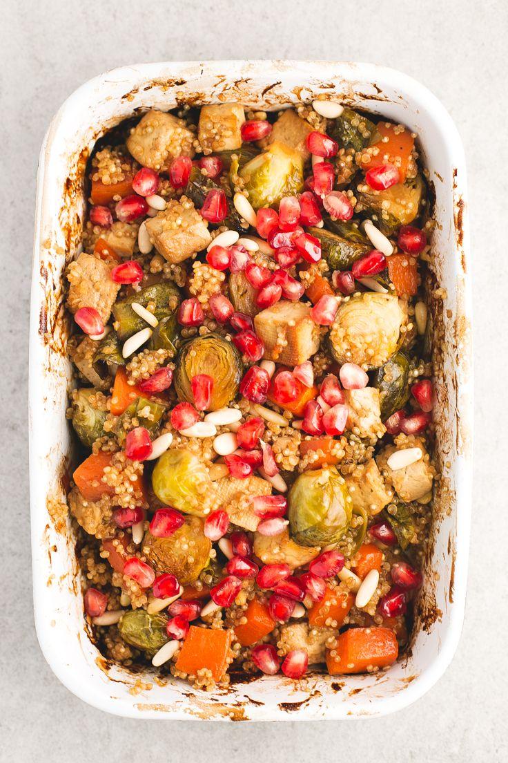 Asado vegano festivo - Verduras y tofu al horno con quinoa, un plato muy rico y bastante simple, ideal para ocasiones especiales o para darnos un homenaje.