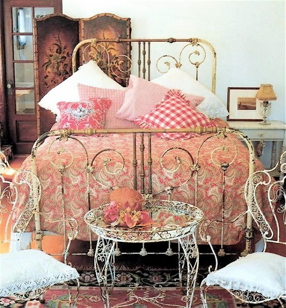 Amazing Cathouse Antique Iron Beds   The Bed Frame Is Lovely But The Rest Is Too  Cluttery