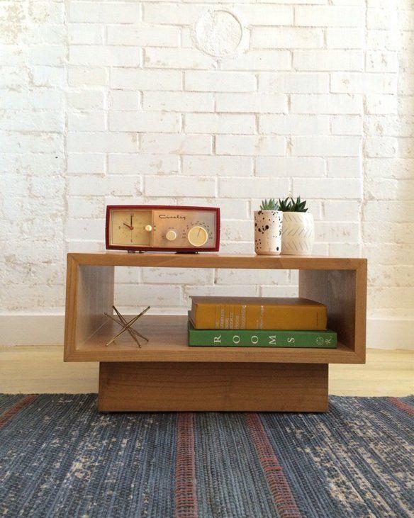 Best 25+ Minimalist nightstand ideas on Pinterest ...