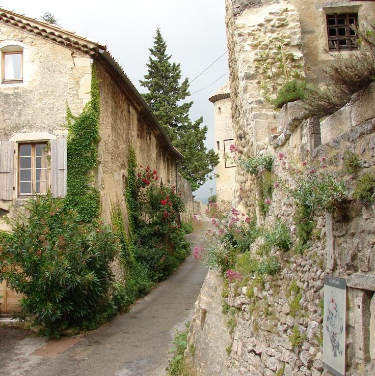 Dieulefit, drôme provençale , france