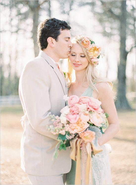 Sommerbryllup-vårbryllup-pasteller-brudekjole-brudepiker