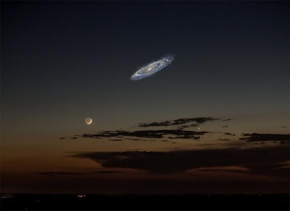 Así de grande se vería la galaxia Andrómeda en el cielo si fuera más brillante