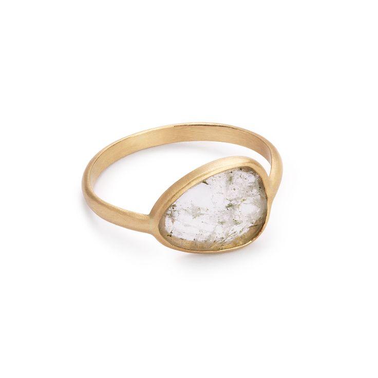 14-karat gold unique ring with aquamarine