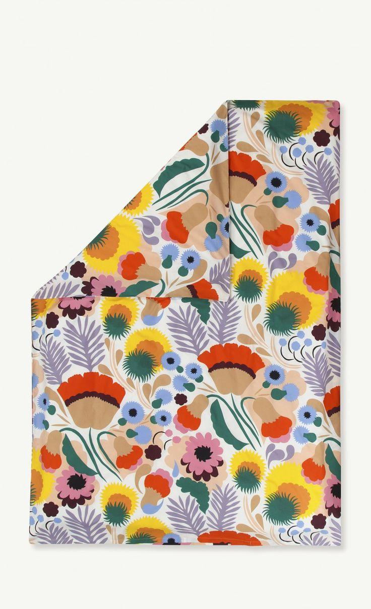 Ojakellukka duvet cover 240x220 cm - off white, red, beige - Marimekko.com