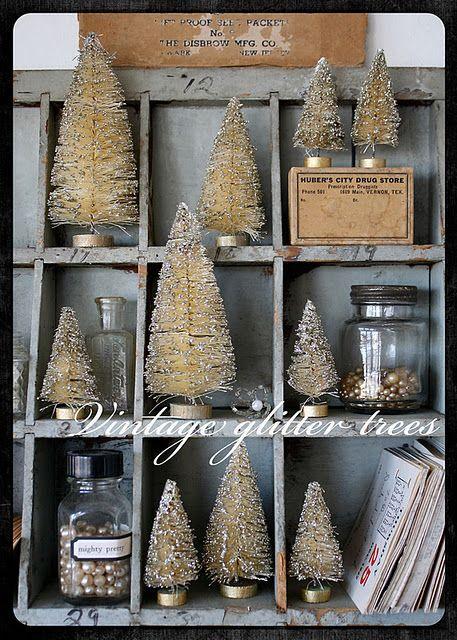 White bottle brush trees.  Nice.: Bottlebrush, Vintage Christmas, Bottle Brush Trees, Good Things, Vintage Bottle, Bottle Brushes Trees, White Christmas, Christmas Decor, Christmas Trees
