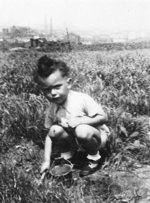 Arthur Lieblich was only 4 when he was sadly murdered at Treblinka Death Camp on January 1, 1941.