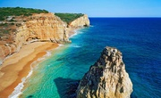 Praia dos Caneiros, Algarve  Via Condé Nast Traveler España