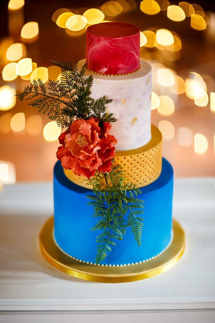 Havana Inspired Wedding Cake