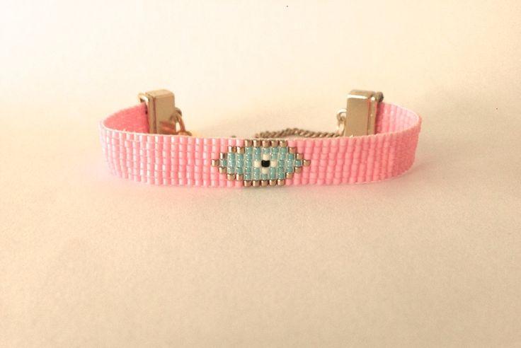 Boze oog handgeweven armband roze van Ocean Glow Jewelry op DaWanda.com