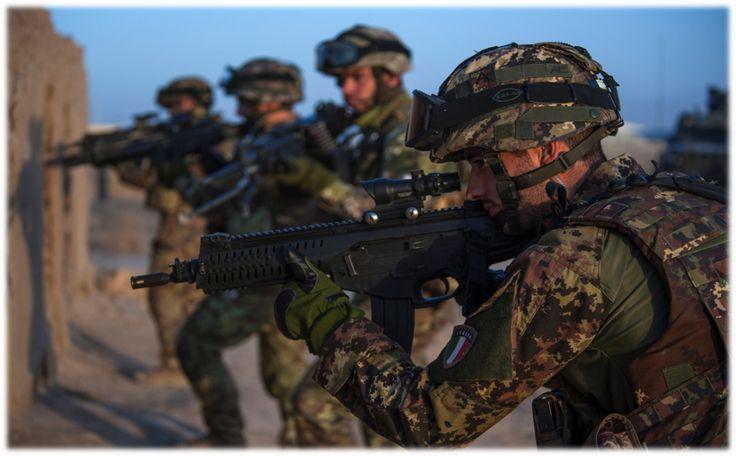Esercito Italiano - Reparti Speciali armati con Fucile Beretta ARX 160 A1, Kosovo, 2014