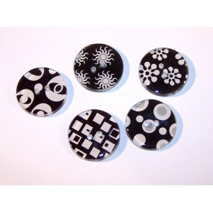 5 large black and white novelty buttons  www.carolune.com