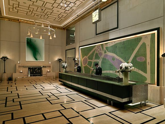 The London Hotel NYC Lobbies And Desks