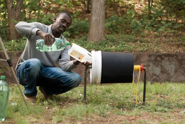 An Ingenious Washing Machine Made Of Little More Than A Bucket | Co.Design | business + design
