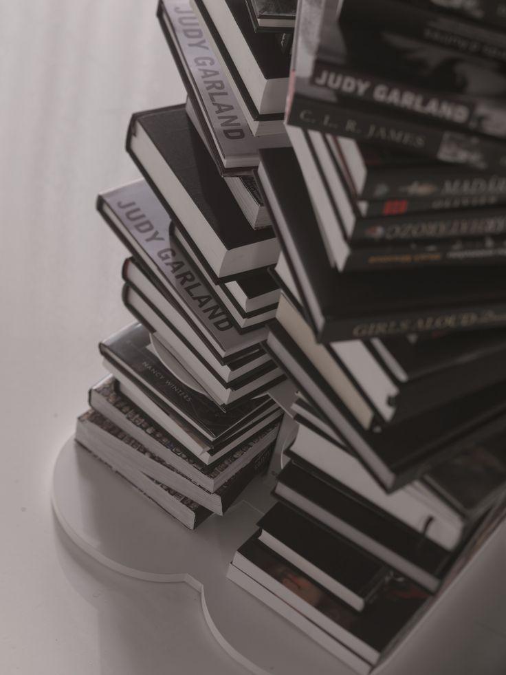15 besten cattelan italia regale bilder auf pinterest. Black Bedroom Furniture Sets. Home Design Ideas